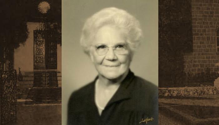 Amelia Collins