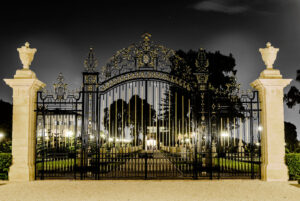collins_gate_at_night_by_antzmanz-d8q341z