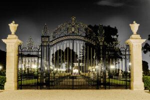 collins_gate_at_night_by_antzmanz-d8q341z